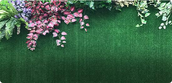Ambientes com grama sintética decorativa